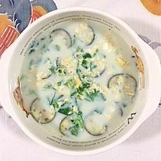 茄子とわさび菜の豆乳スープ