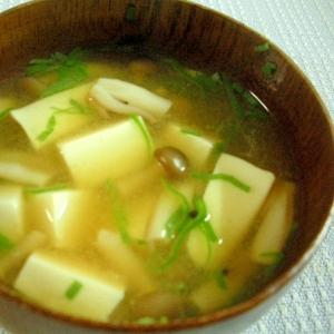 豆腐とシメジの簡単おみそ汁♪