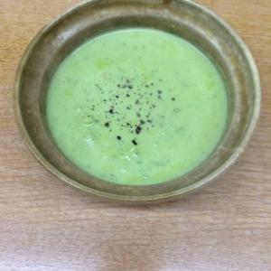 豆乳とアボカドのスープ