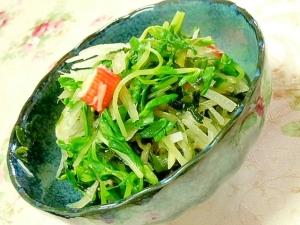 白出汁と練り胡麻で❤ワカメと玉葱カニかまの酢の物❤