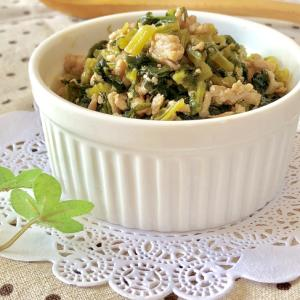 ご飯が進む♫大根の葉とひき肉の甘辛そぼろ