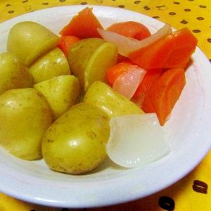 鶏モモ肉の即席ハムの煮汁で野菜の煮物