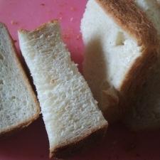 オートミールで栄養強化?!食パン
