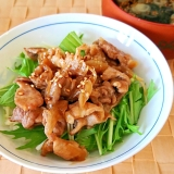 水菜と豚肉炒めの丼
