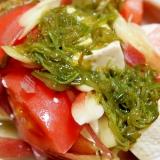 トマトとみょうがの豆腐サラダ めかぶドレッシング