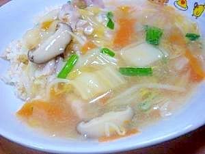残り野菜で簡単に♪とろみが美味しい中華丼風