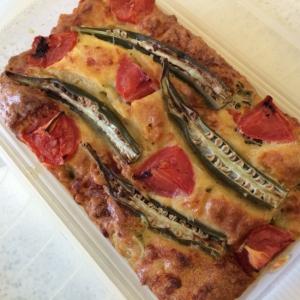 夏に食べたい!トマトとオクラのケークサレ