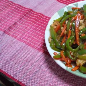 ご飯が進む!ピリ辛青椒肉絲~野菜たっぷり