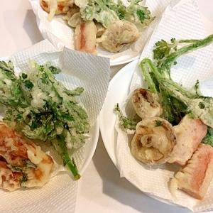 何でも揚げます☆竹輪とギョニソと春菊と椎茸の天ぷら