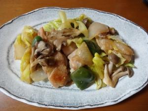 鶏もも肉と野菜の味噌炒め