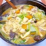 南瓜の甘みが昔のぬくもりを感じる、山梨のほうとう鍋