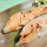 柔らかくてびっくり♪鮭の粕漬