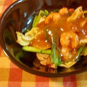 キャベツ、小松菜、きのこ炒め エビのポン酢あんかけ