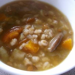 大麦とレンズ豆入り☆カレー風味の野菜スープ