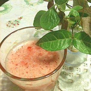 スタールビーとミニトマトのジュース