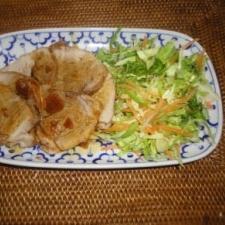ニンニク風味の煮豚