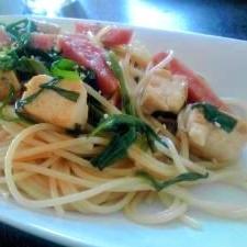 ニラと魚肉ソーセージと焼き豆腐の醤油風味スパゲティ
