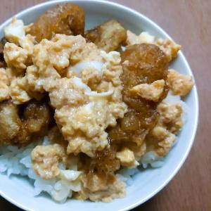 牡蠣天ぷら卵とじ丼