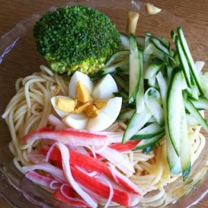 カニカマ&きゅうり&ブロッコリーの冷麺