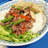 野菜たっぷり(^^)合挽肉の簡単プルコギ丼♪