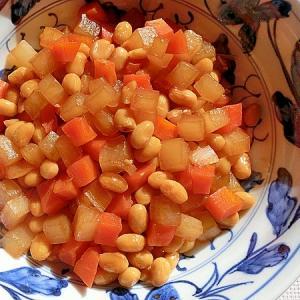 水煮大豆と大根のサイコロ煮