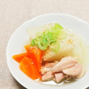 シンプルだからおいしい*鶏と大根の煮物