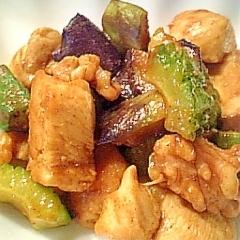 鶏むね肉と夏野菜のカレーオイスターソース炒め