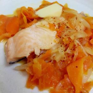 中華鍋一つで(^^)鮭とニンジンの味噌バター炒め♪