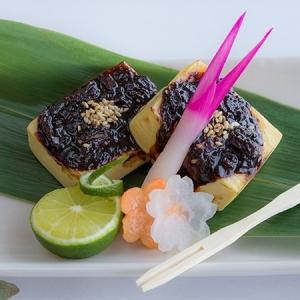 淡路玉葱の甘さが最高!豆腐の田楽焼き