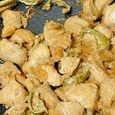鶏ピー♡ 胸肉とピーマンのマヨポン炒め♡