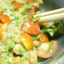 ミニトマトとパセリの納豆