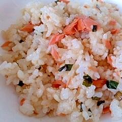鮭の混ぜご飯☆ニラ醤油風味