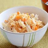 生姜風味の炊き込みご飯