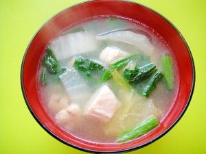 白菜と鶏むねほうれん草の味噌汁