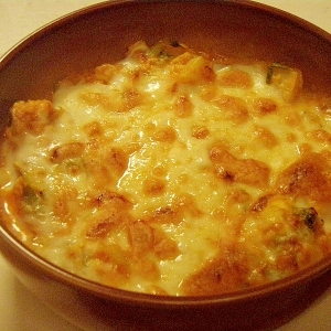 簡単★じゃがいもとキャベツの豆腐グラタン