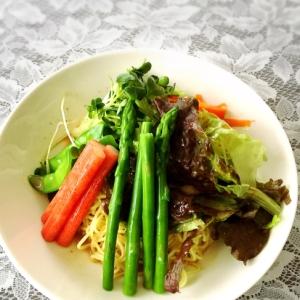 野菜たっぷり!ラーメンサラダ