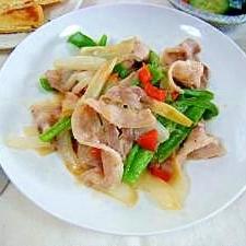 豚バラと新玉ねぎの中華塩炒め