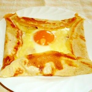 お家で簡単 ウィンナーとチーズのガレット♪