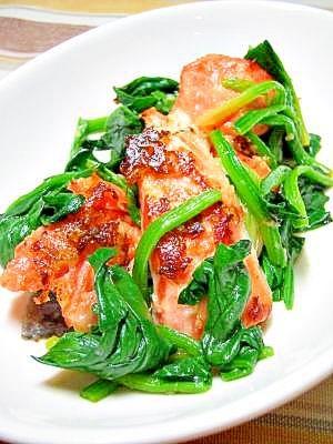 鮭とほうれん草のさっぱり生姜炒め