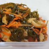 簡単ヘルシー常備菜☆切り昆布とさつま揚げの炒め煮