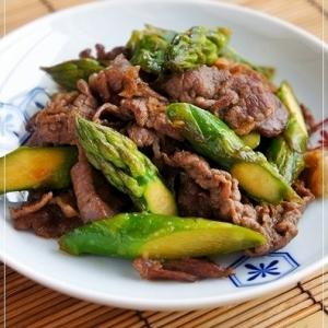 お弁当おかず☆アスパラと牛肉のニンニク炒め