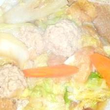 鳥つっくねの味噌鍋