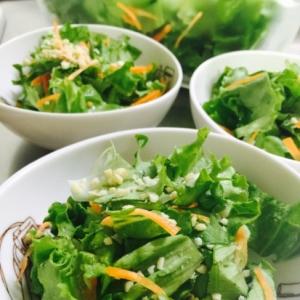 簡単サラダ!グリーンレタスのアーモンドサラダ