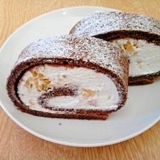 ココアの栗ロールケーキ
