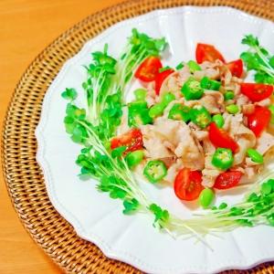 【カラフルに♪】オクラとトマト入り豚しゃぶサラダ