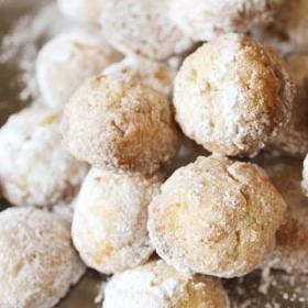 ほろほろ雪玉クッキー