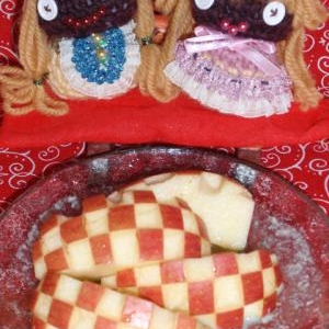 ひな祭りの林檎のハニーヨーグルトサラダ