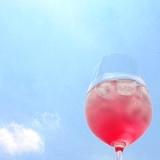 日本の蒸す夏に必須なのは紫蘇ジュース!