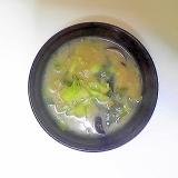 キャベツ入り茄子の味噌汁