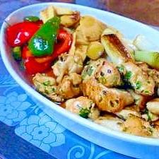 たっぷり彩り野菜と柔らか串なし柔らかむね肉焼き鳥